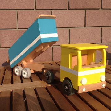 Mali kamion Mašala <br> 2490,00 din