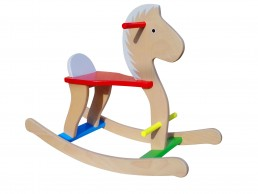 Drveni konjić za decu - Trojanac